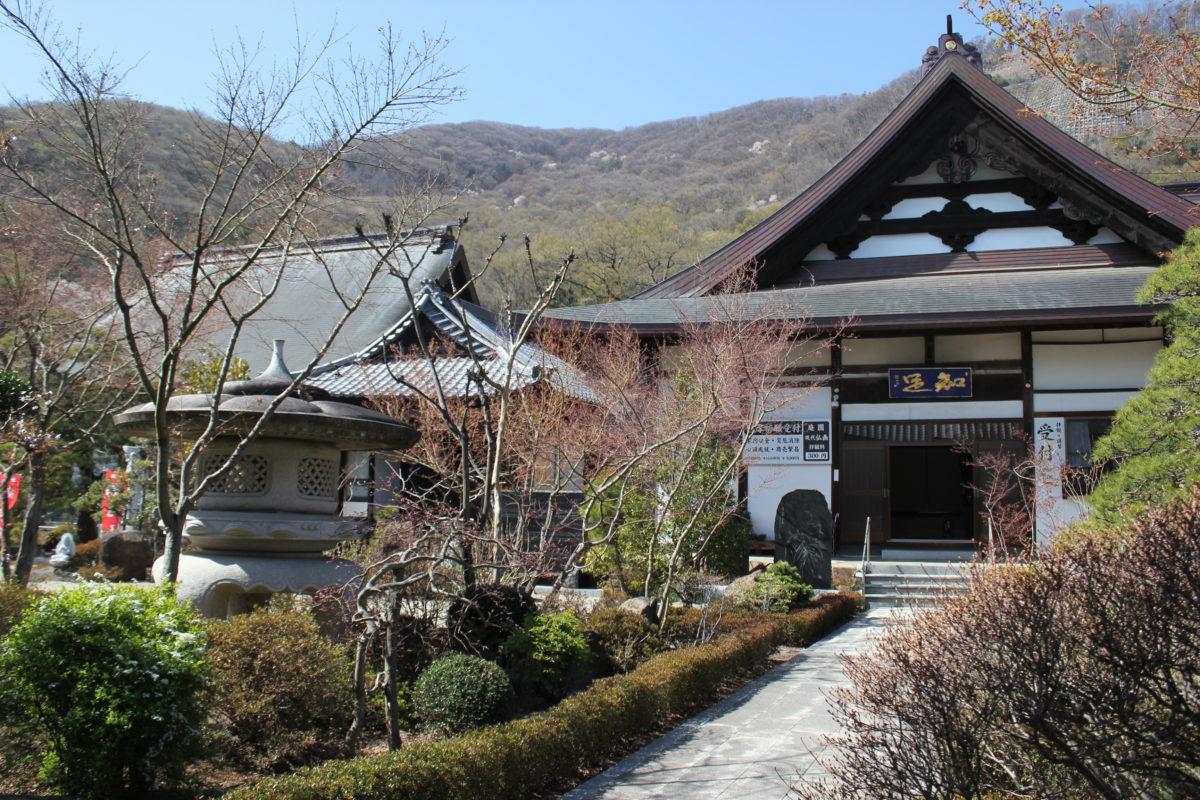 ご利益寺を巡ろう!1300年の時の流れを語り伝える「松本山 大蔵経寺」には 底知れぬパワーが秘められていた
